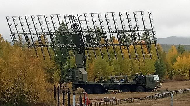 Мобильный радиолокационный комплекс обнаружит любую цель в небе.