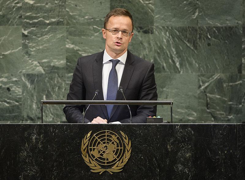 Глава МИД Венгрии Петер Сийярто на Генассамблее ООН.