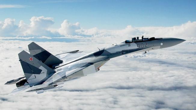 Нет равных в воздухе войны: почему Су-35С собрал сотни тысяч лайков в Instagram