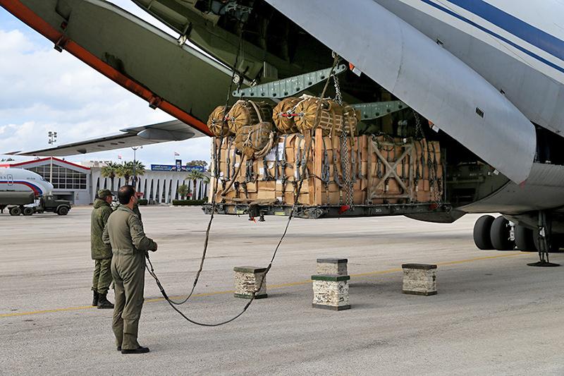 НЦУО РФ решал все вопросы по снабжению и размещению на базах Хмеймим и Тартус нашей группировки вооруженных сил.