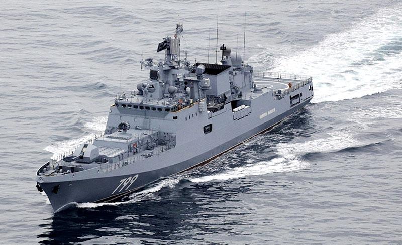 Фрегат Адмирал Макаров в Ла-Манше.