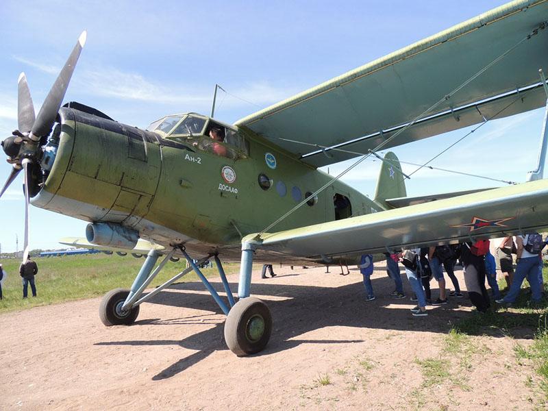 Ан-2 - рабочая «лошадка» ДОСААФ.