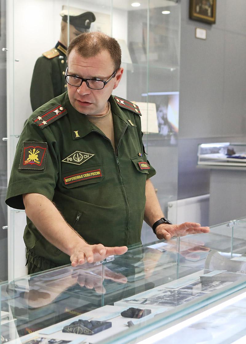 Преподаватель кафедры оперативного искусства ВА РВСН подполковник Николай Рогожан.