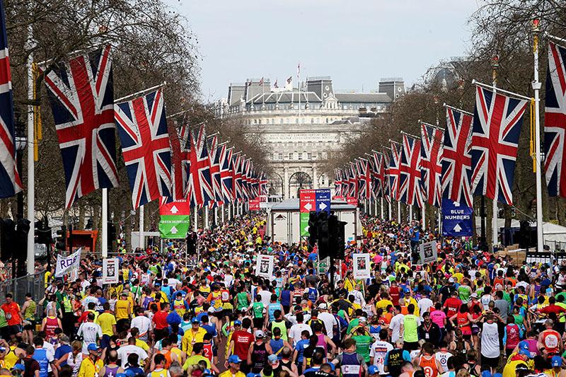 Люди вышли на улицы Лондона требуя провести еще один референдум.