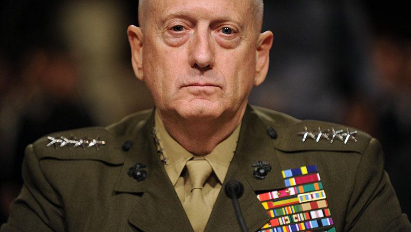 Главу Пентагона Джеймса Мэттиса - «бешеного пса» - американские военные предпочитают президенту Трампу.