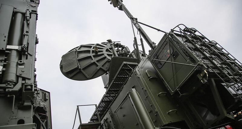 Задача комплексов РЭБ - противодействие системам разведки, радиолокации и навигации.