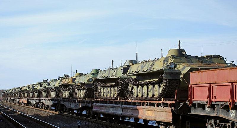 В кратчайшие сроки была совершена переброска военной техники на учения «Восток-2018». А если за дело возьмутся скоростные беспилотные поезда?