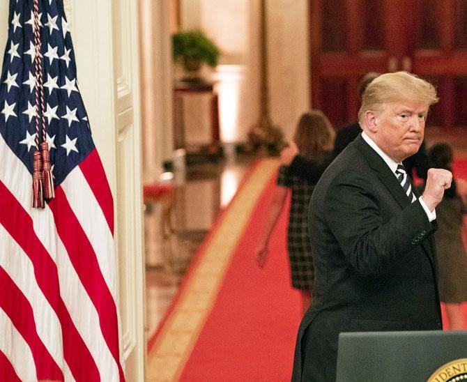 Дональд Трамп свою президентскую эпопею завершил с разгромным счётом в пользу COVID-19 - свыше пятисот миллионов жертв.