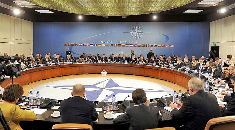 Совещание в штаб-квартире НАТО.