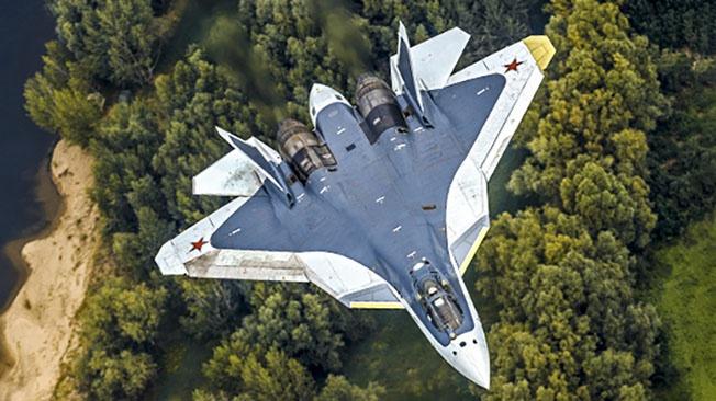 Самолёт пятого поколения Су-57.