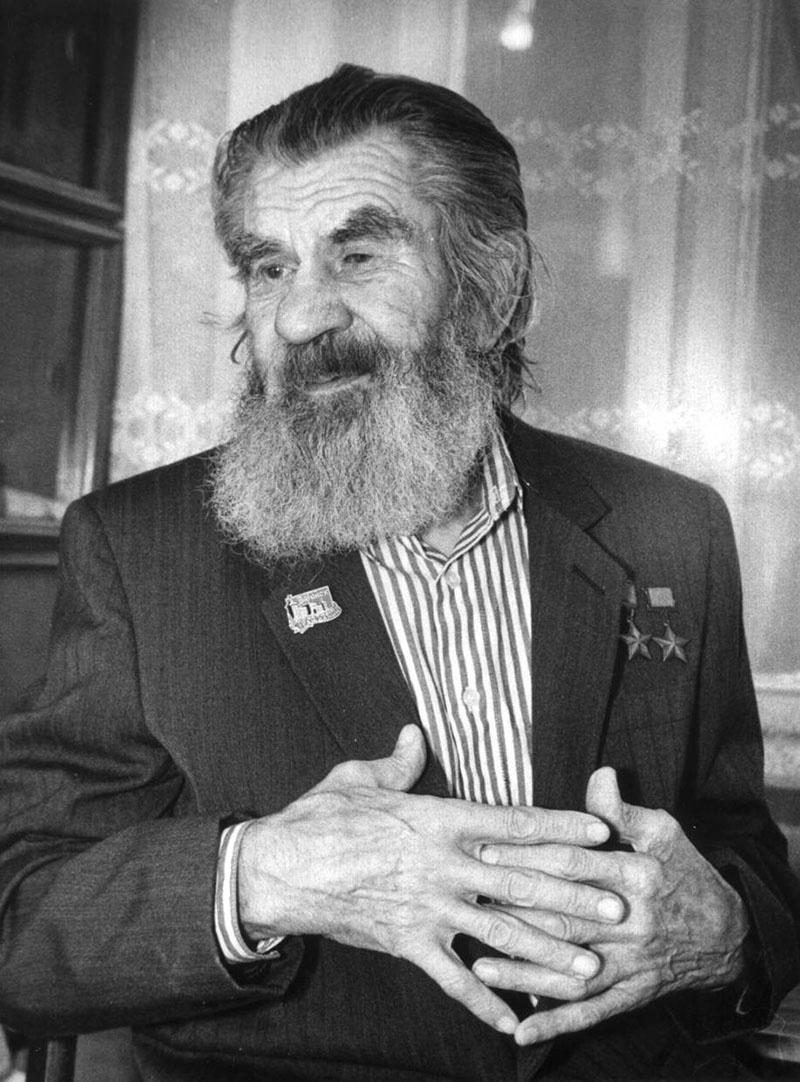 Виктор Николаевич Леонов не расставался с бородой до последних дней своей жизни.