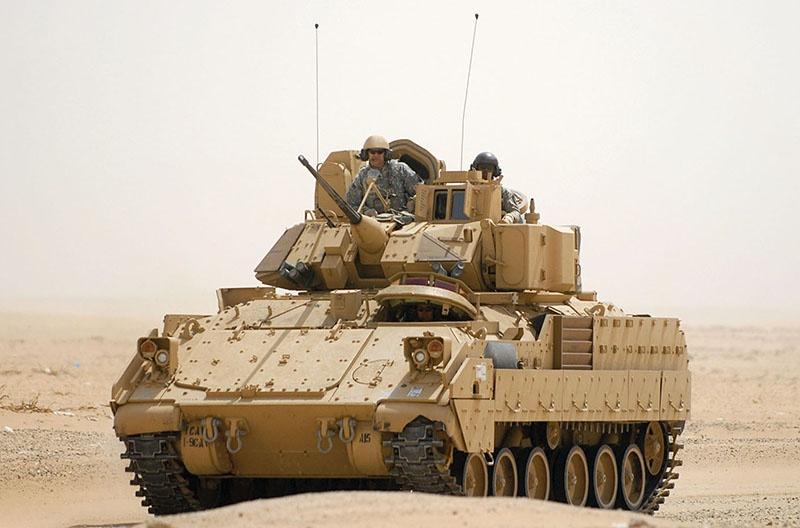БМП M2 «Брэдли».