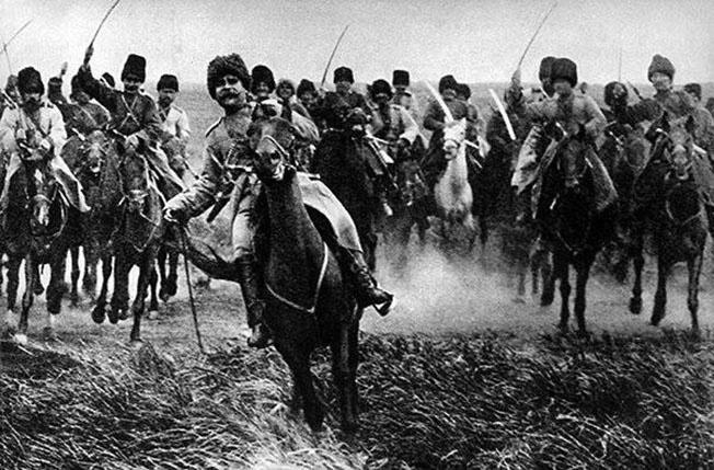 Казачья конница генерала Баратова в наступлении.