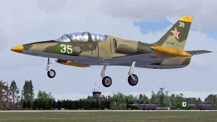 Учебный самолет Л-39.