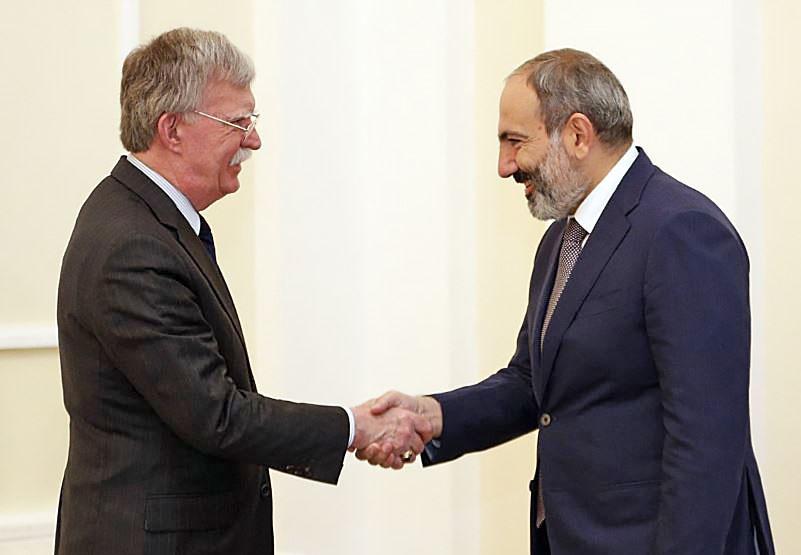 Джон Болтон в ходе визита в Ереван выразил заинтересованность в продаже Армении американского оружия.