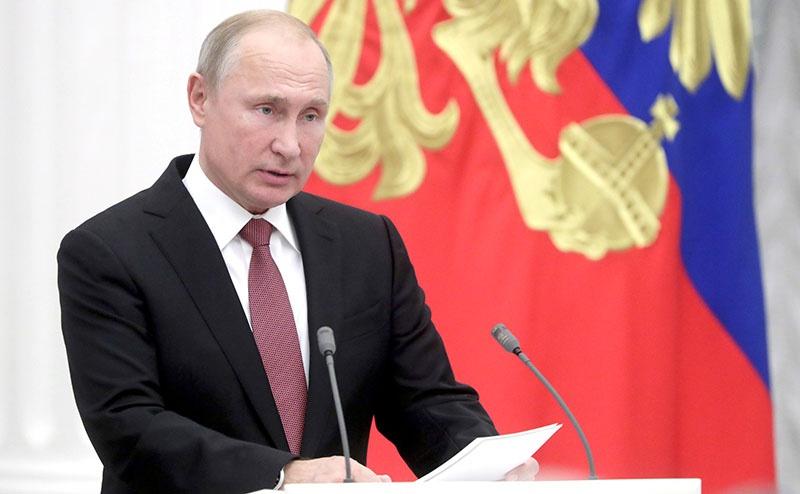 Российский президент Владимир Путин: ответ России будет адекватен.