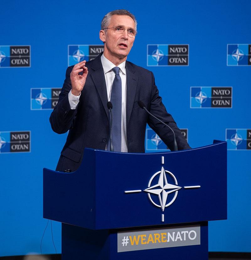 Последний шанс генсека НАТО Йенса Столтенберга: спастись в пампасах Нового Света или сгореть в огне Старого.