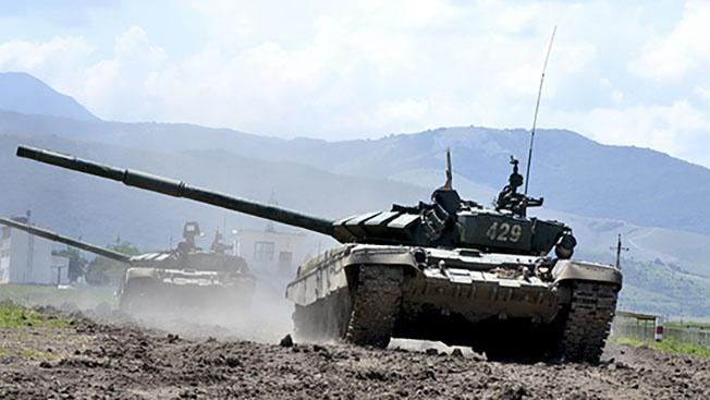 Тактические новинки: чем страшна для врагов «танковая карусель» за «сирийским валом»
