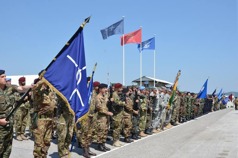Войска НАТО из миссии KFOR.