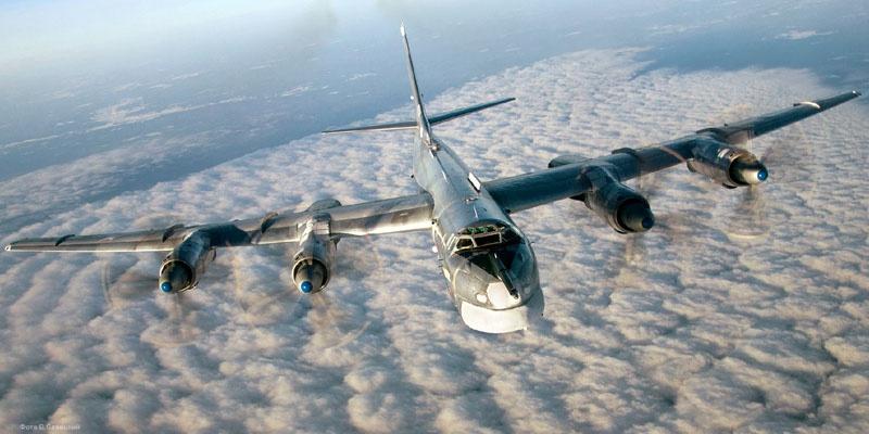 Стратегический ракетоносец Ту-95.