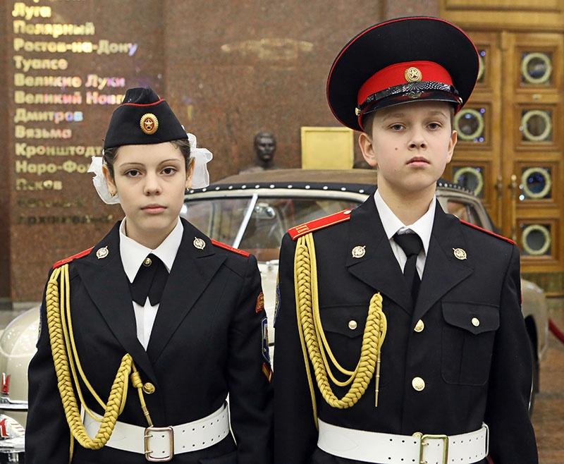 Кадеты Арина Бузанова и Максим Шишков.