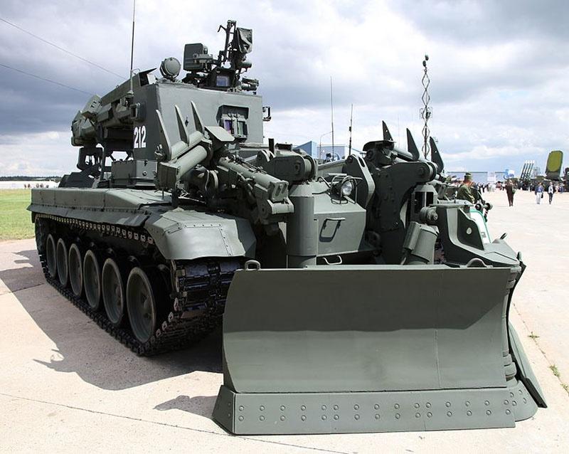Инженерная машина разграждения ИМР-3М.