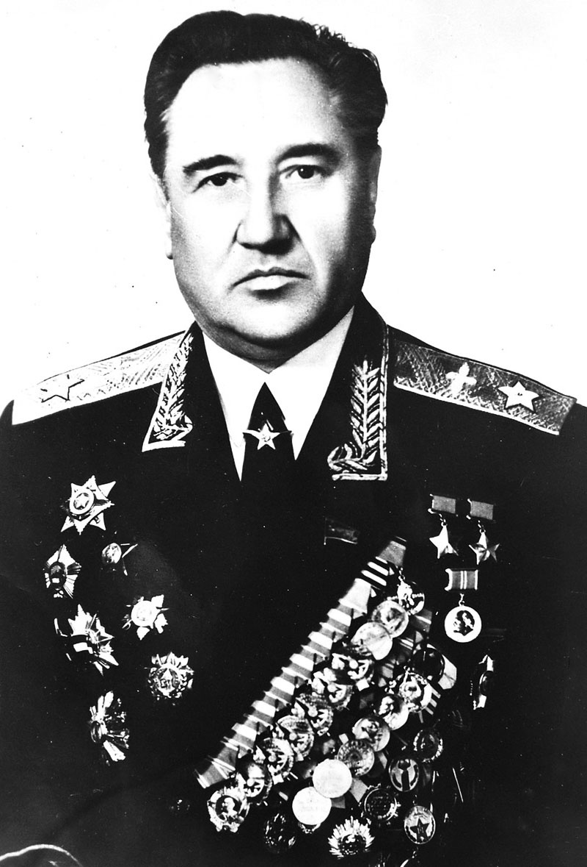 Главный маршал авиации А.И. Колдунов.