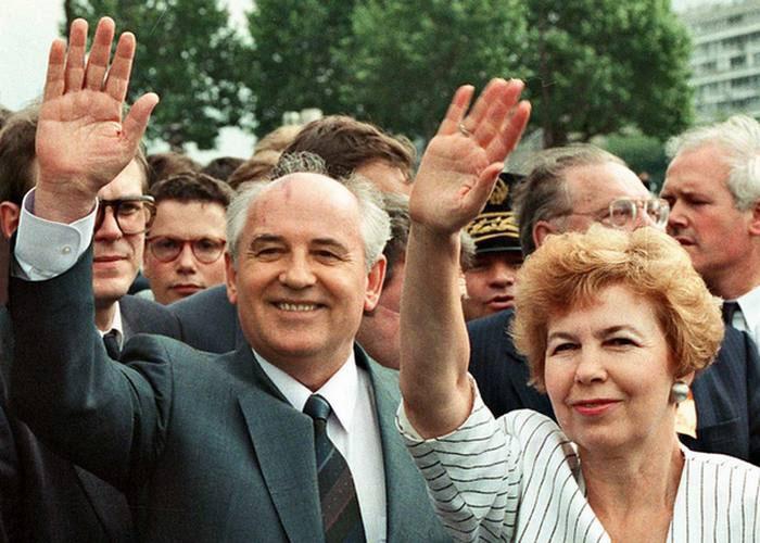 Михаил Сергеевич с женой-наставницей.