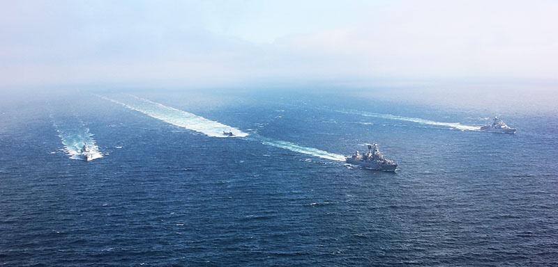 Совместные маневры с Воздушно-космическими силами в Средиземном море.