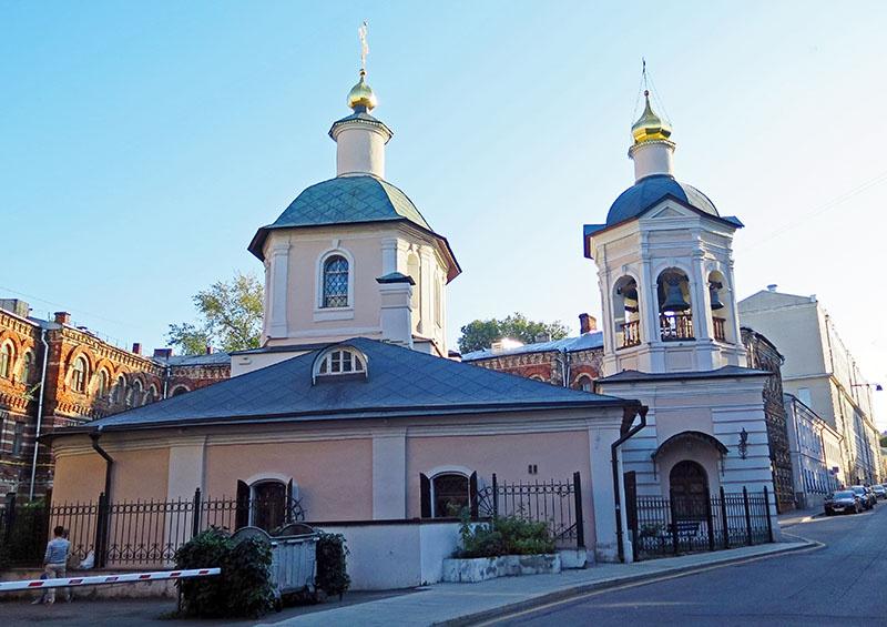 Церковь Святого Сергия Радонежского в Крапивниках.
