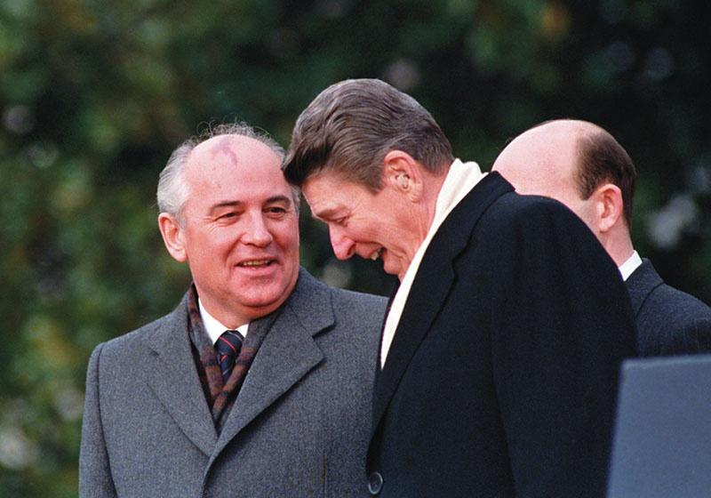 Горбачев и Рейган.