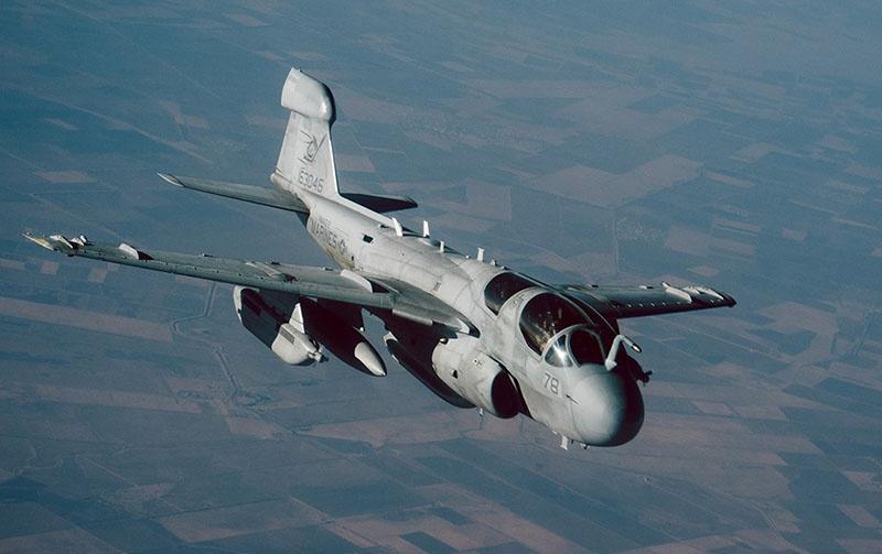 Cамолеты НАТО начали бомбардировку Боснии в 1995 году.