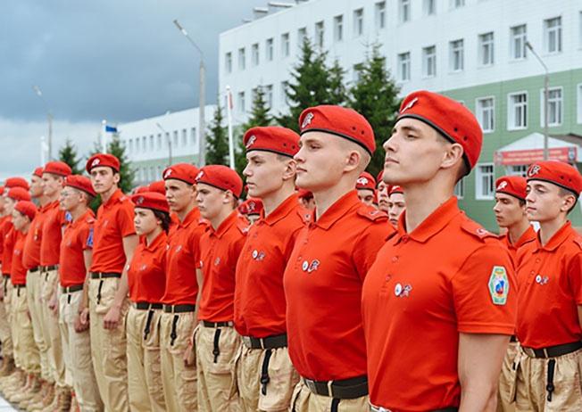 Центр допризывной подготовки «Юнармия» был открыт в Емельяновском районе Красноярского края.
