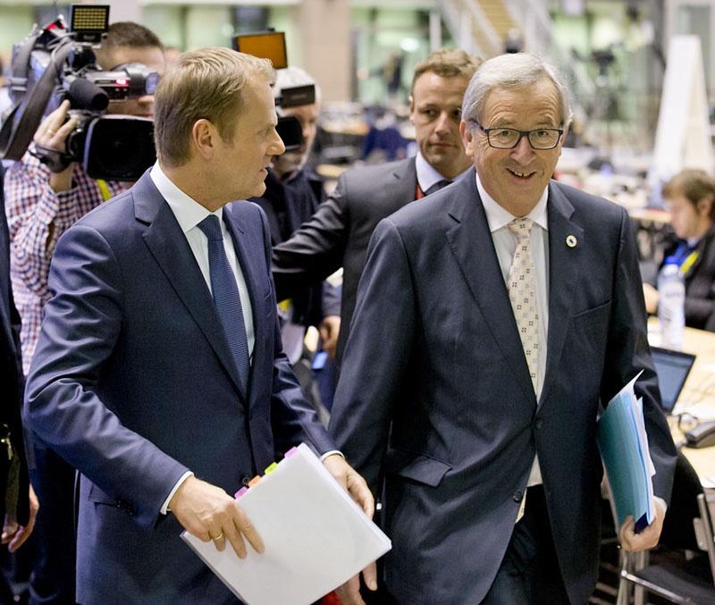 Дональд Туск и Жан-Клод Юнкер пообещали Терезе Мэй «подвижки» в Политической декларации, не имеющие юридической силы.