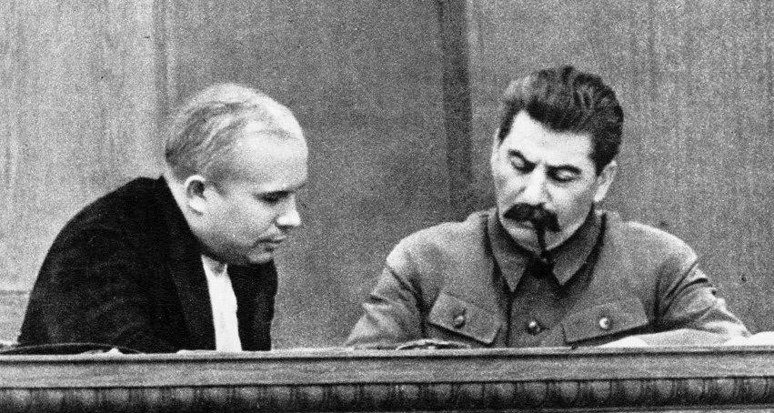 Сталин превратил марксизм в светскую религию.