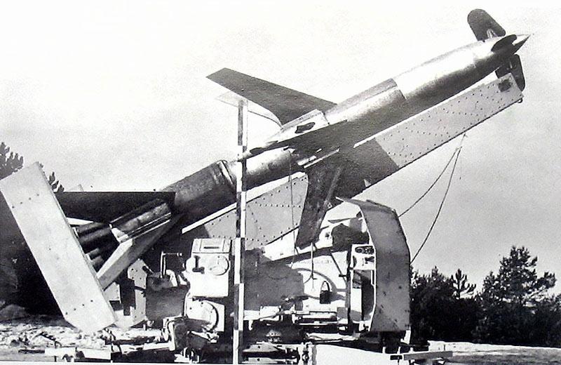 Немецкая зенитная ракета Rheintochter.