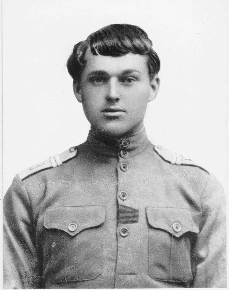 Младший унтер-офицер 3-ого драгунского Каргопольского полка.