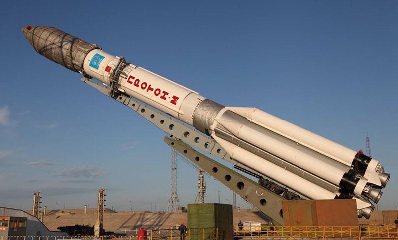 Тяжелая ракета-носитель «Протон».