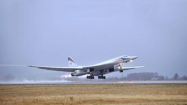 Ту-160М: чем вооружат ракетоносец