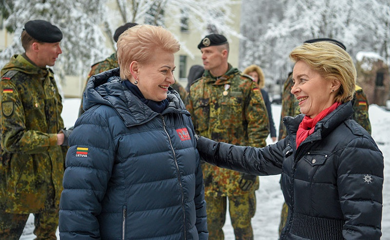 Глава бундесвера заверила, что немецкие солдаты останутся в Литве.