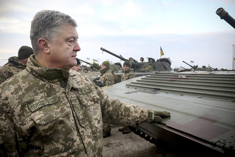 Бизнес Порошенко несет Украине смерть, а не конфетки.