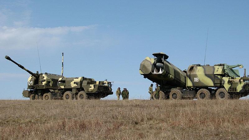 Российские артиллерийские и ракетные комплексы береговой обороны.
