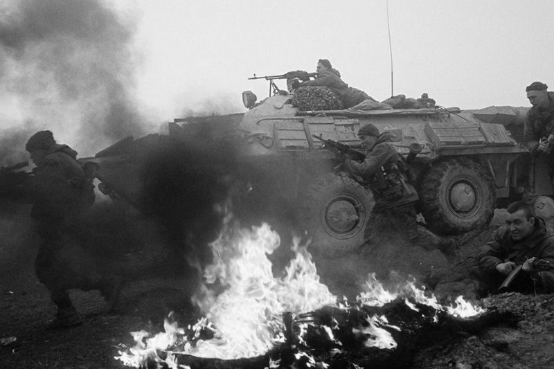 В первую чеченскую, как и в афганскую они верили только своим боевым друзьям, только десантному братству.