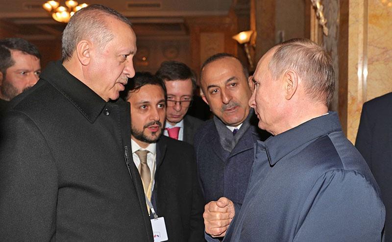 Владимир Путин сначала провел отдельную встречу с Эрдоганом.