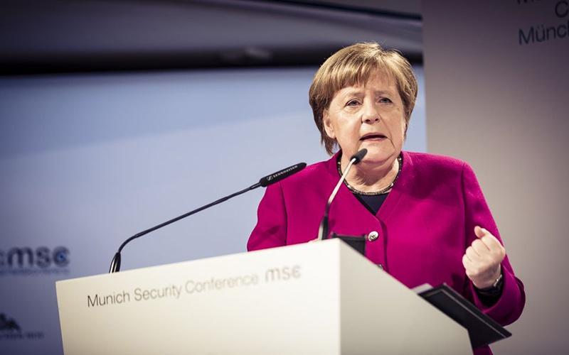 «С точки зрения геостратегии Европа не вправе прерывать отношения с Россией»