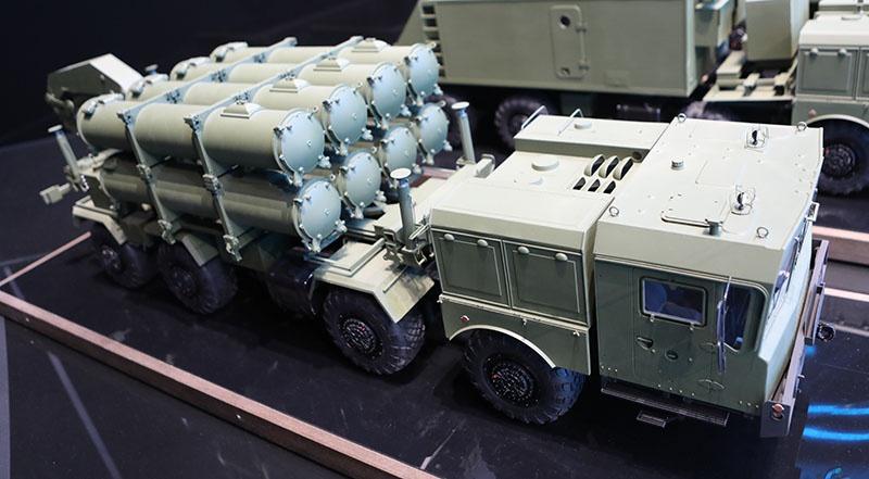 Макет берегового ракетного комплекса «Бал» на МЗКТ-7930 на Международном военно-техническом форуме «Армия-2018».
