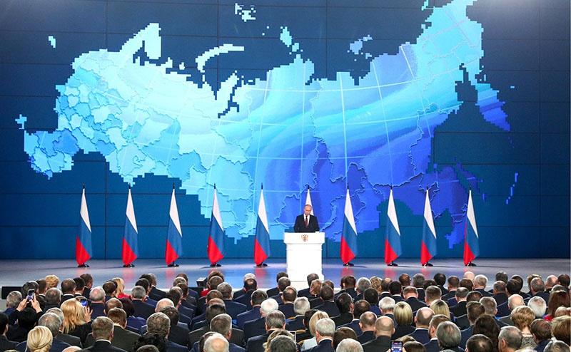 Владимир Путин публично предостерег «центры принятия решений о применении угрожающих России ракет» от непродуманных шагов.