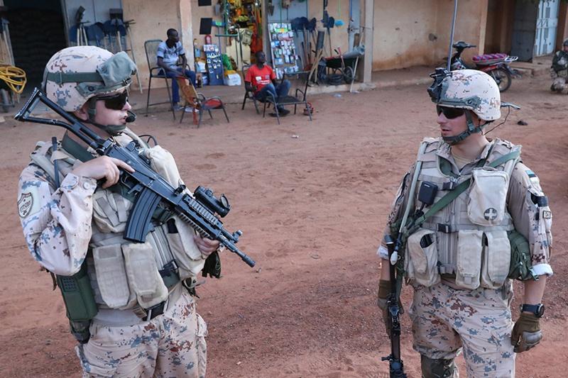 По бартеру с французами эстонский контингент послан в Мали.