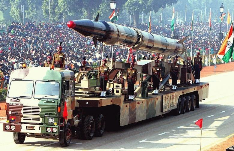 Индия имеет около 120-130 ядерных боеприпасов.