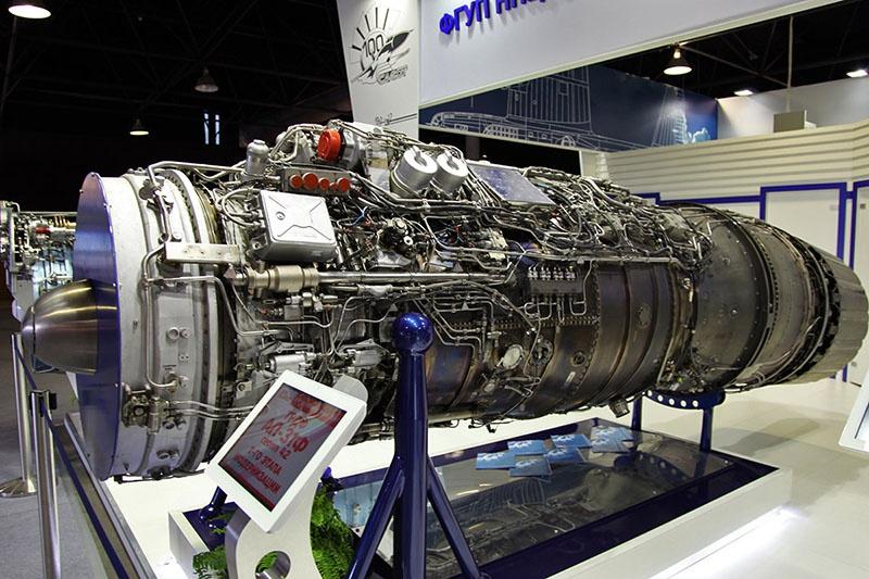 АЛ-31Ф турбореактивный двухконтурный авиационный двигатель.
